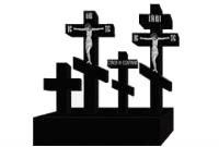 На могилу памятник, ограда, крест