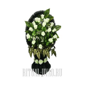 """""""Белые бутоны Роз"""" корзина из искусственных цветов"""