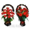 Две недорогие корзины на похороны в красном цвете