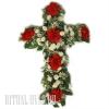 Цветочный крест из живых цветов