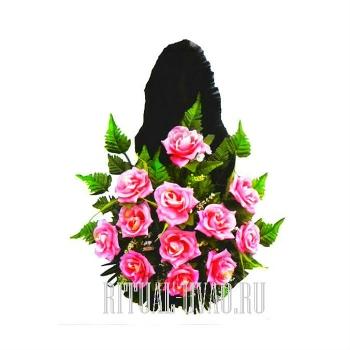 """Корзина на крест """"Розочки нежного розового цвета"""""""