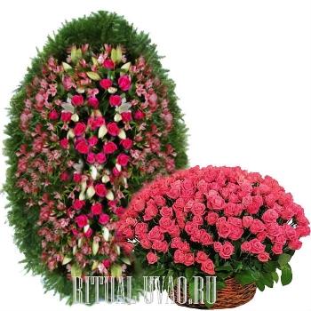 Шикарный живой венок и корзина из розовых Роз