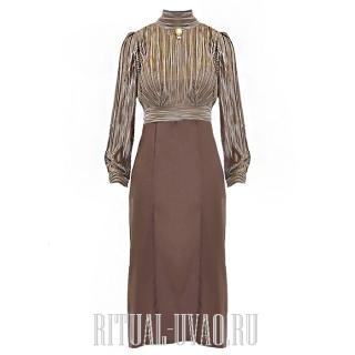 Платье с золотой тесьмой