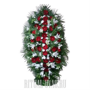 Венок на могилу из красивых цветов на заказ