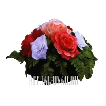 Цветочная полянка на могилу