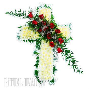 Крест из натуральных цветов