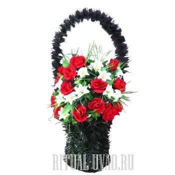 Дешевая ритуальная корзина в день похорон