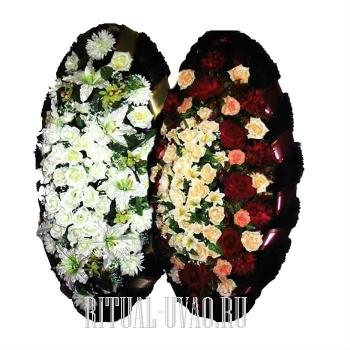 Похоронный набор из двух венков с траурными ленточками
