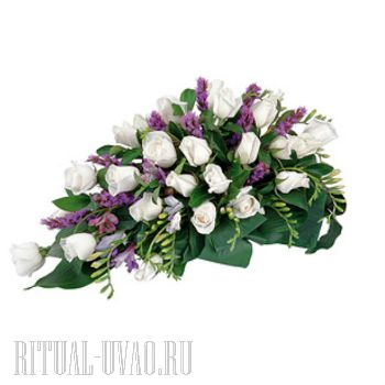 Композиция из свежих Роз на гроб