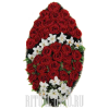 Элегантный венок из сочных бордовых роз