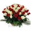 Роскошная корзина из Роз двух цветов