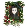 Влагостойкая рамка, украшенная свежими цветами