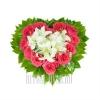 Небольшое сердечко из Роз и Лилий
